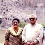 नमिता भट्टाचार्य अपने सौतेले पिता के साथ