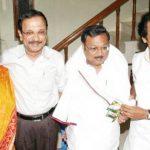करुणानिधि बच्चे (बाईं ओर) सेल्वी गीता कोविलम, एम. के. तमिलरसु, स्टालिन