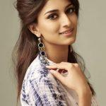 Erica Fernandes Biography in Hindi | एरिका फर्नांडिस जीवन परिचय