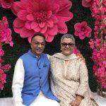 रंजन भट्टाचार्य अपनी पत्नी के साथ