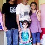 परेश गणात्रा अपने बच्चों के साथ