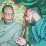असदुद्दीन ओवैसी अपने पिता के साथ