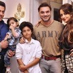 सोहेल खान अपनी पत्नी भाई और बच्चों के साथ