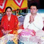 गुलशन कुमार अपनी पत्नी के साथ